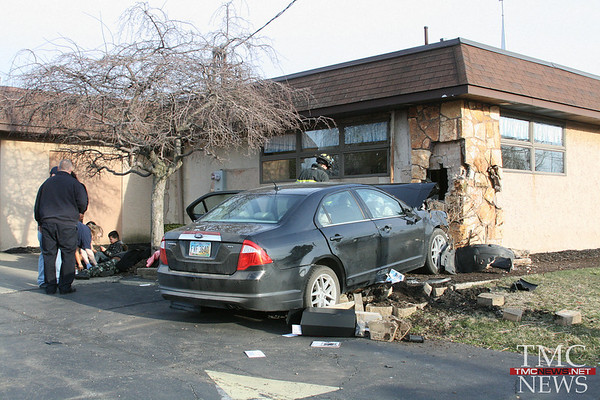 CAR CRASHES INTO CHURCH – DRIVER AND 5 CHILDREN INJURED
